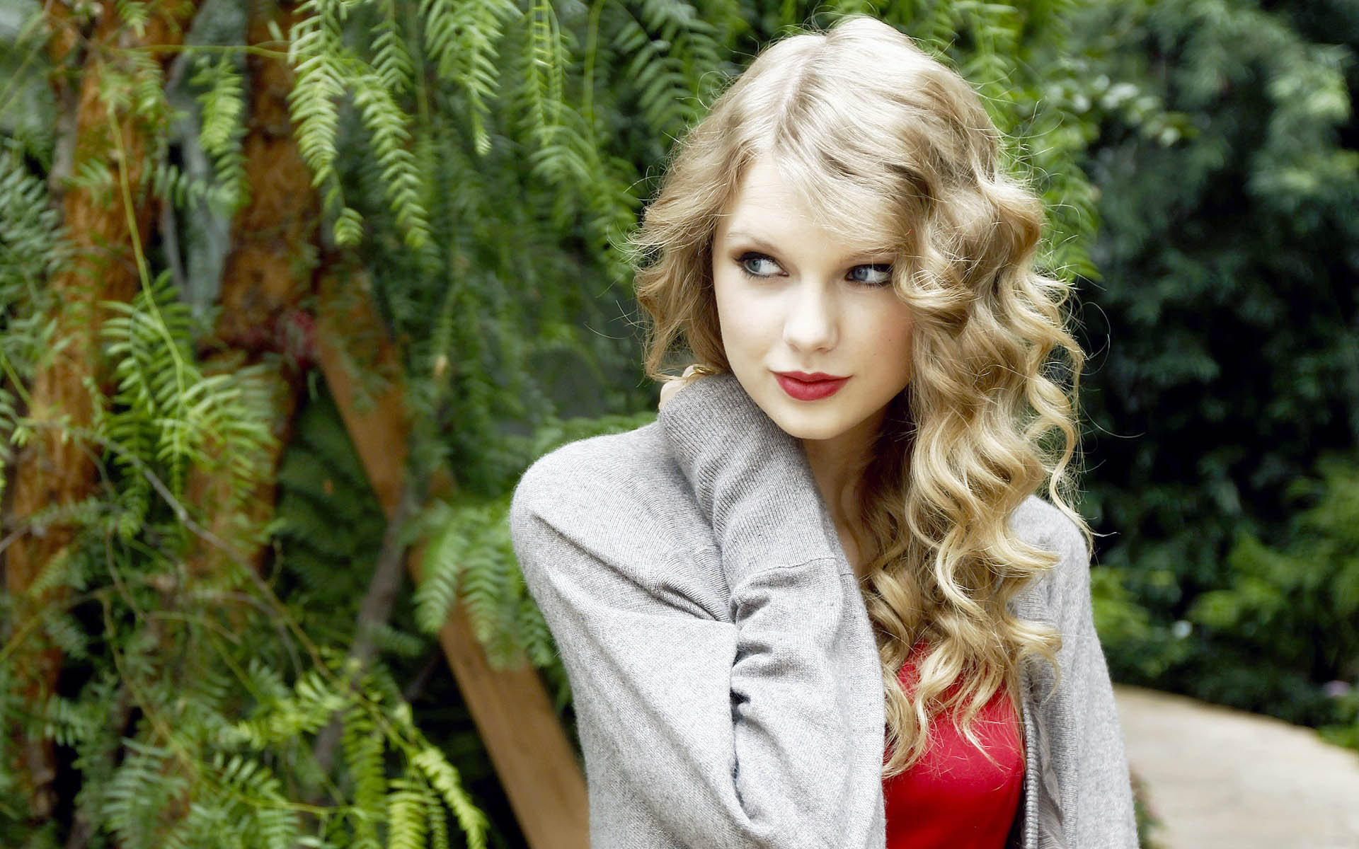lovely taylor swift nice pose with background trees free desktop mobile images hd