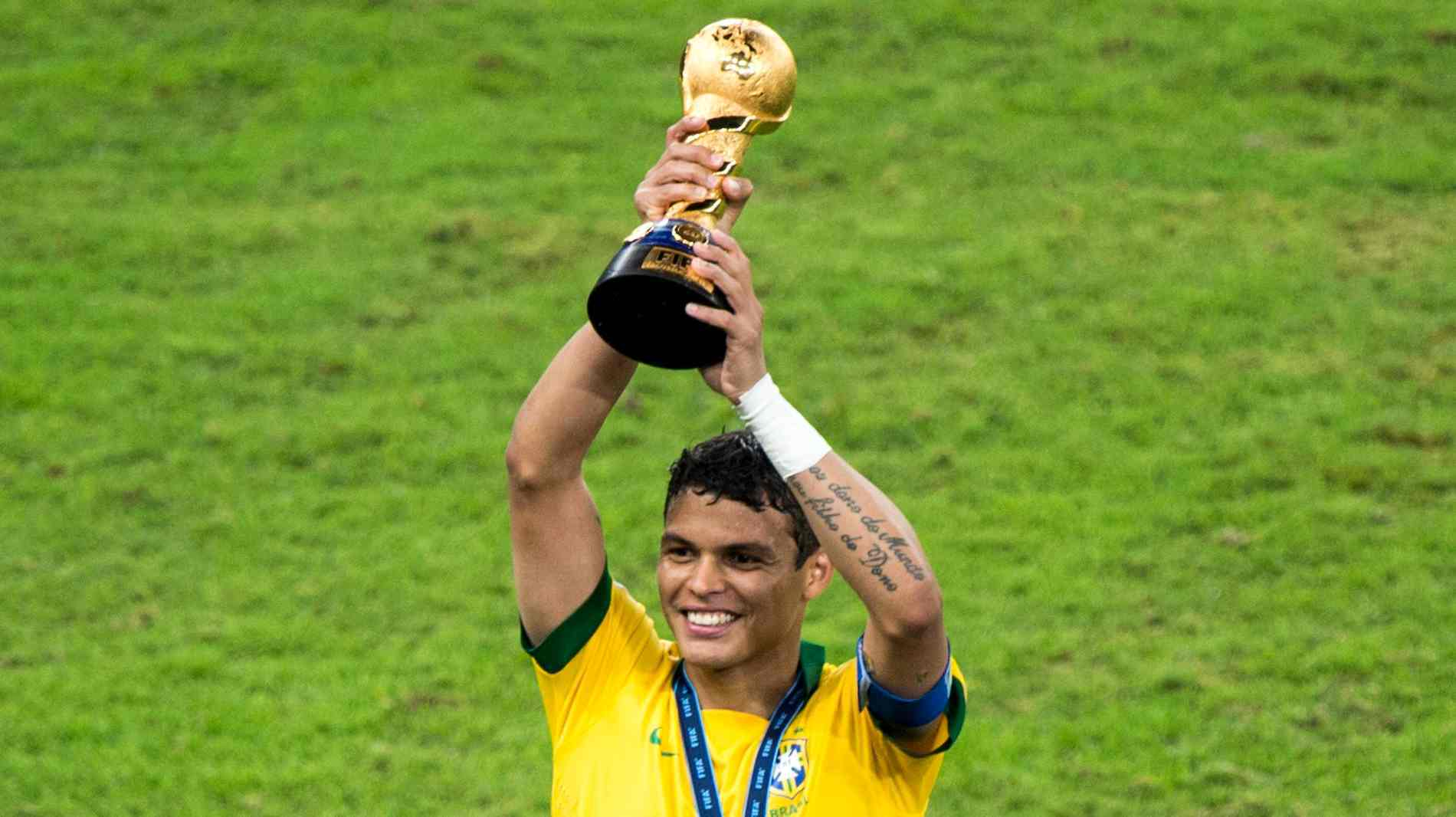 download thiago silva football soccer best player award mobile desktop background hd free images