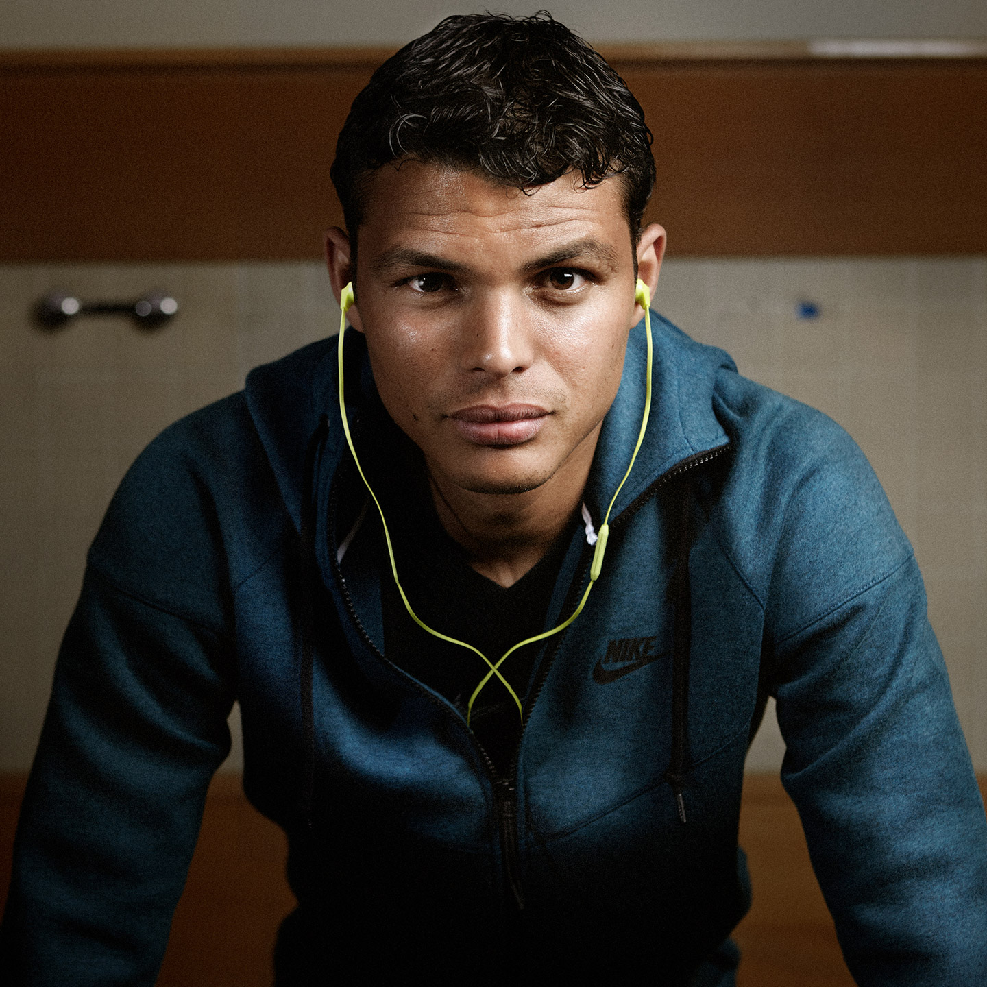 thiago silva football soccer player hd mobile desktop background wide screens
