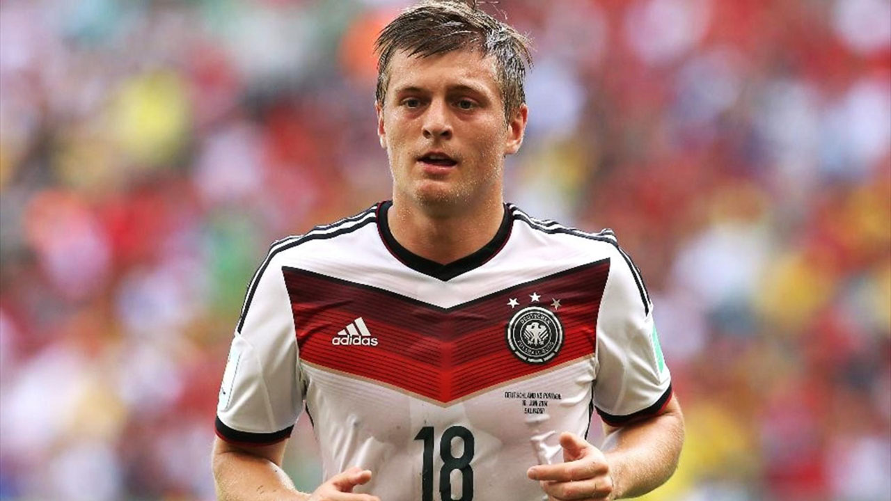 free toni kroos football soccer player hd mobile desktop background download wallpaper pics