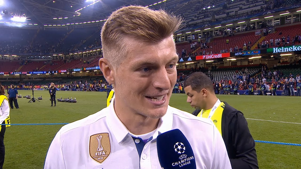 toni kroos football soccer player free hd mobile desktop background download pictures
