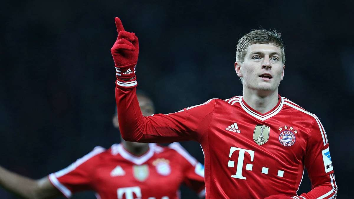 toni kroos football soccer player free mobile put fantastic goal hd background desktop wallpapers