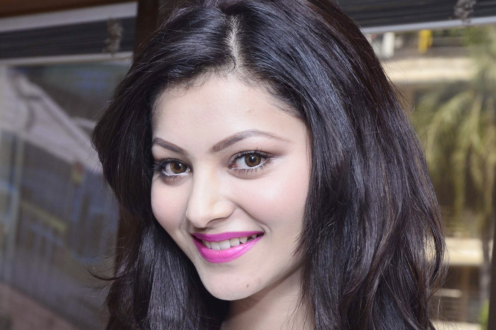 Beautiful Urvashi Rautela Smile Hd Wallpaper Free Download