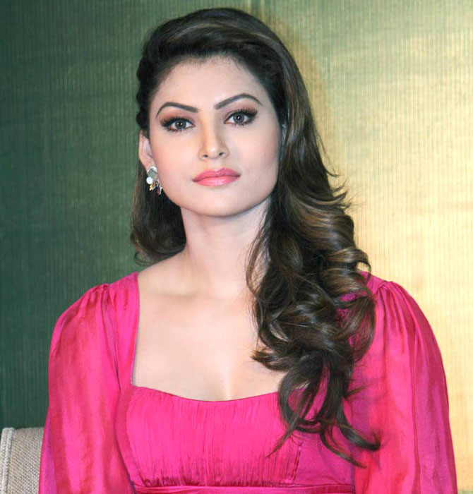 Rautela hot look hd image wallpaper free download for desktop urvashi rautela hot look hd image wallpaper free download for desktop voltagebd Image collections