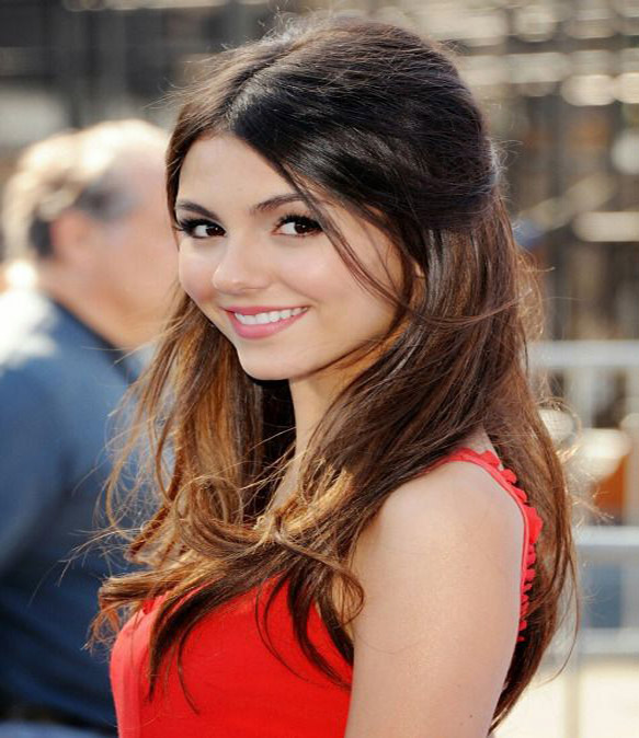 desktop victoria justice beautiful smile side pose mobile free hd background images