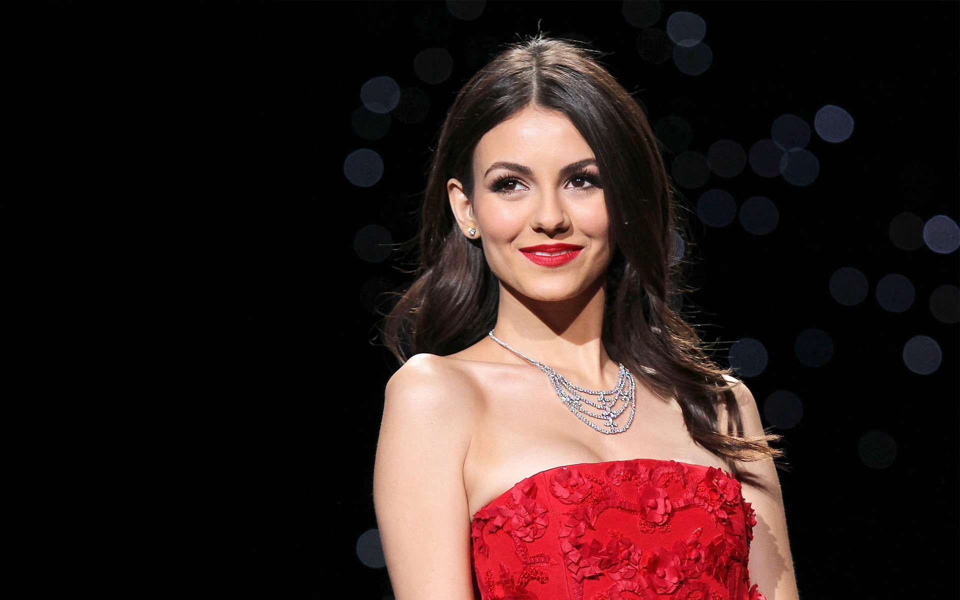 Desktop Victoria Justice Hd Latest Wallpaper