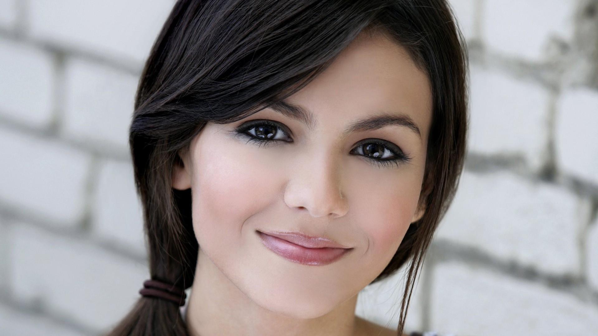 desktop victoria justice mobile free background smile face pictures hd