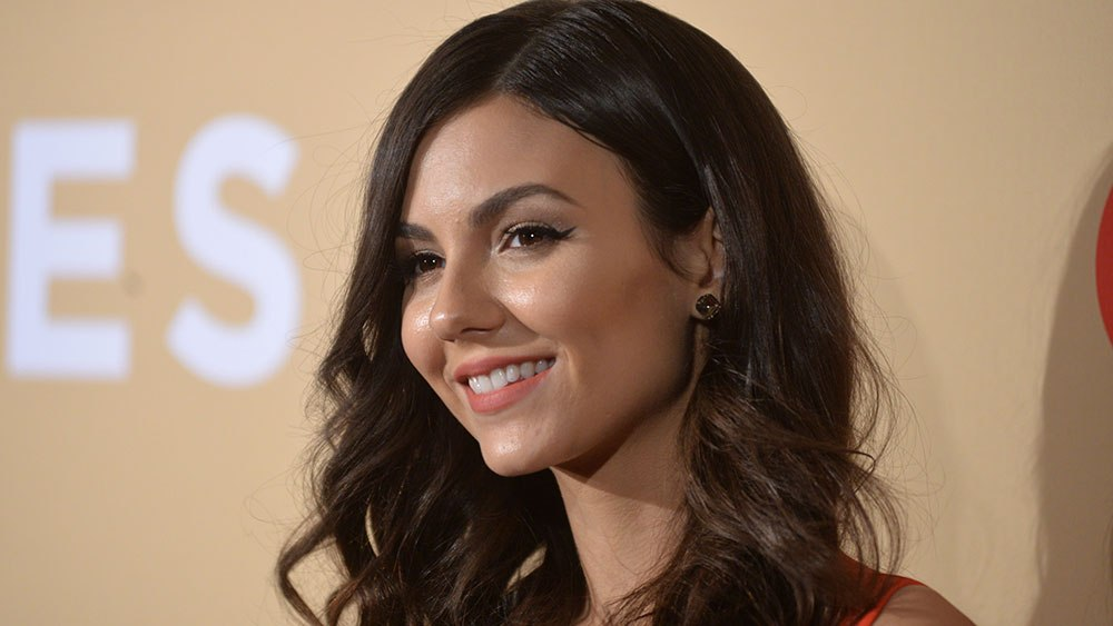 Hd Victoria Justice Mobile Desktop Background Free Lovely Pictures