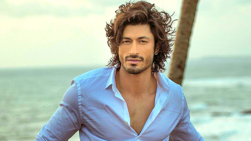 Beautiful Vidyut Jamwal Stylish Look Mobile Background Desktop Hd Wallpaper Free