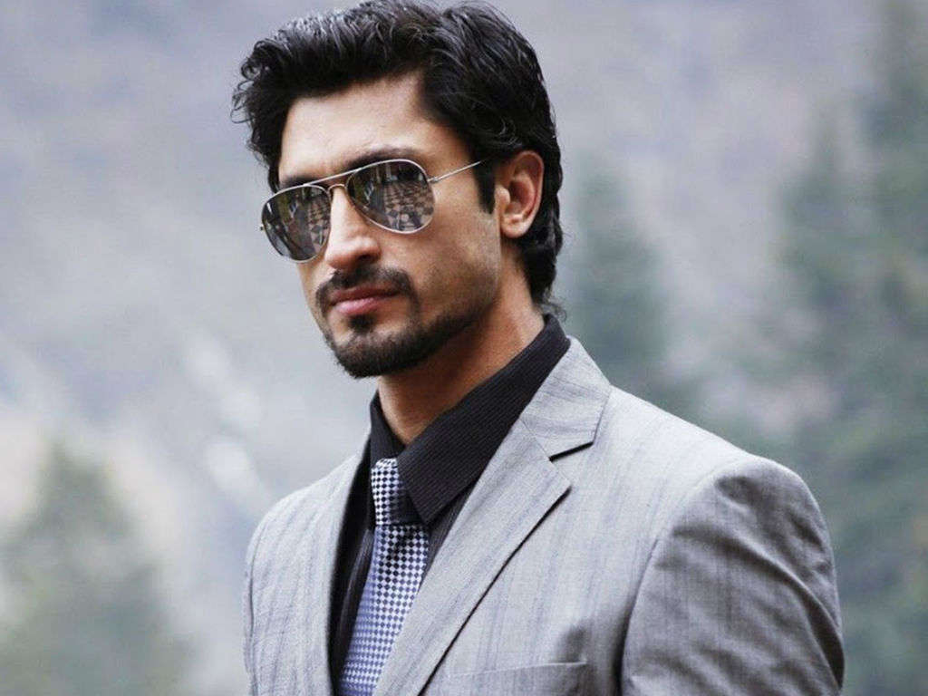 Lovely Vidyut Jamwal Stylish Face Mobile Background Desktop Hd Free Photo