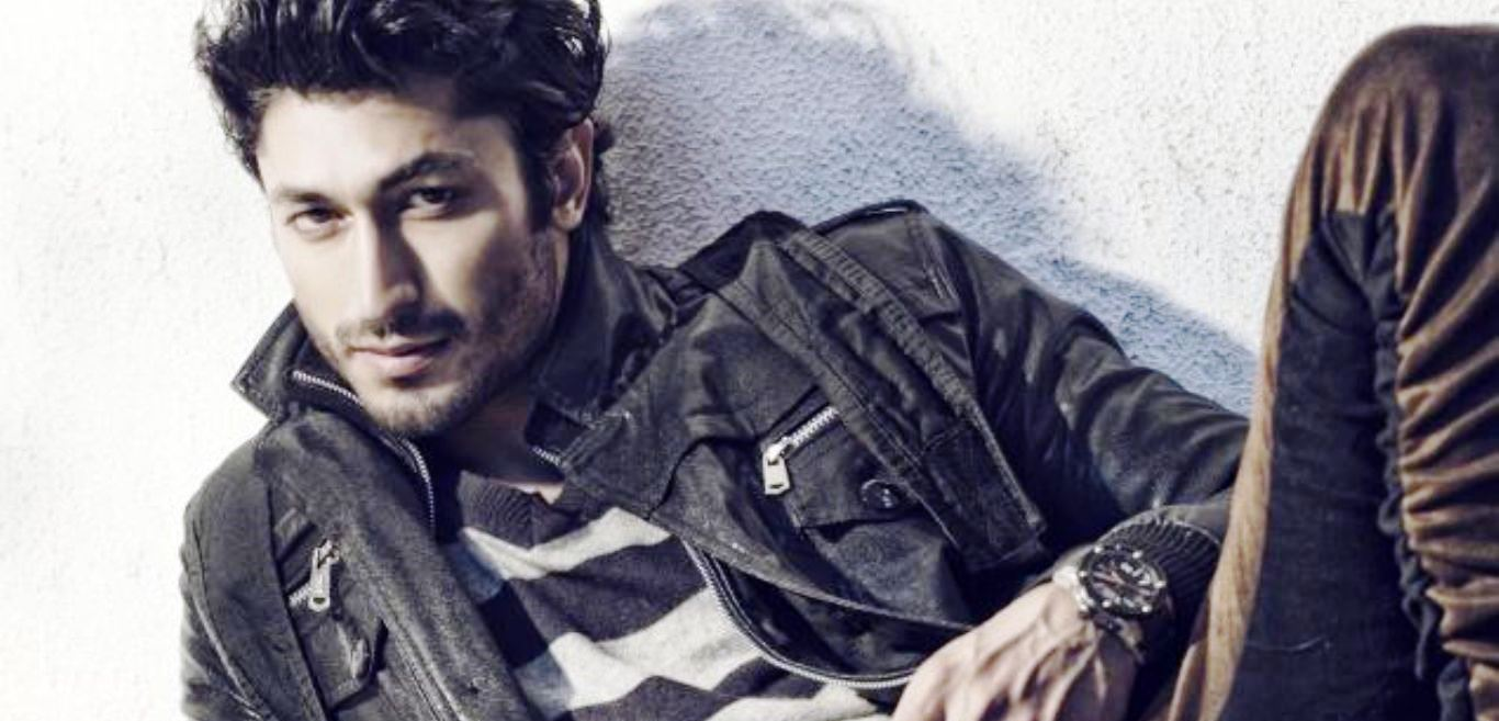 stunning vidyut jamwal smile face mobile background download hd images free