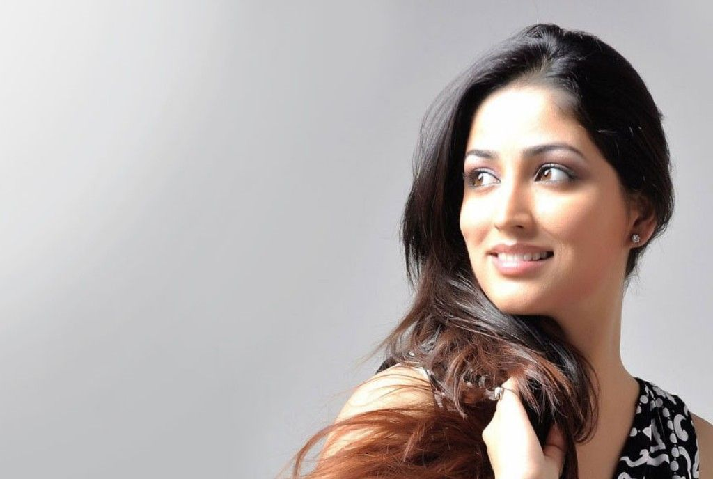 beauty yami gautam desktop wallpapers