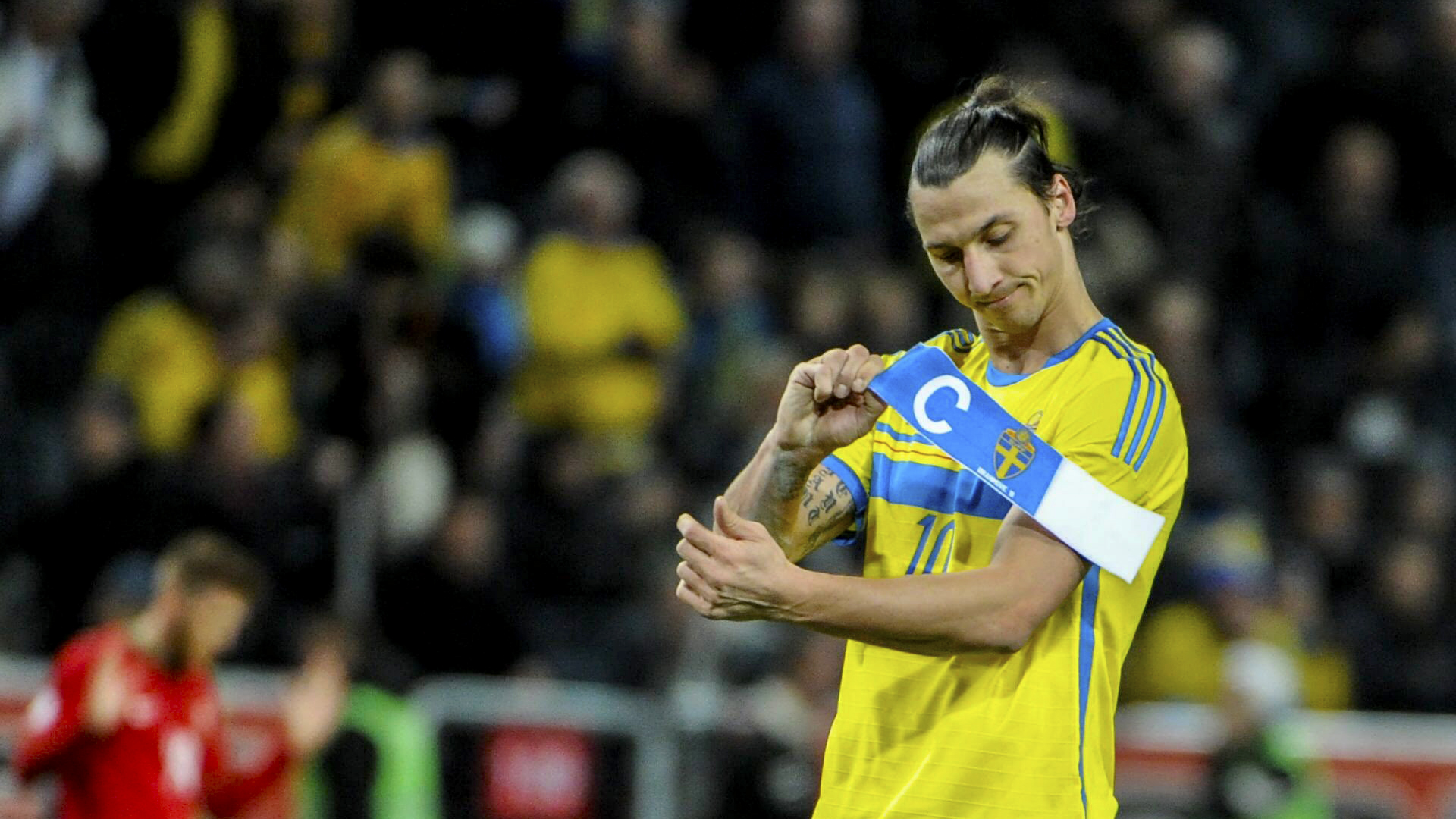 Download Zlatan Ibrahimovic Show Label Images Hd Free